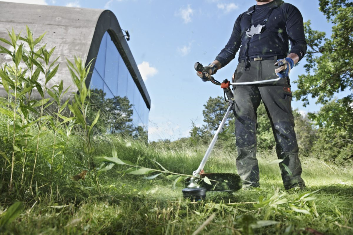 Keeping that tidy look to your lawn with a Strimmer