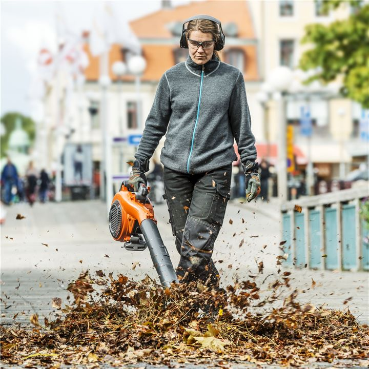 Get ready for Autumn with a Leaf Blower