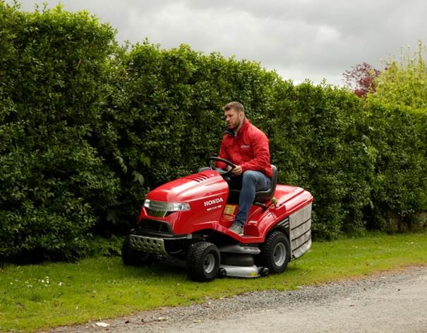 Honda Ride on Lawn Mower