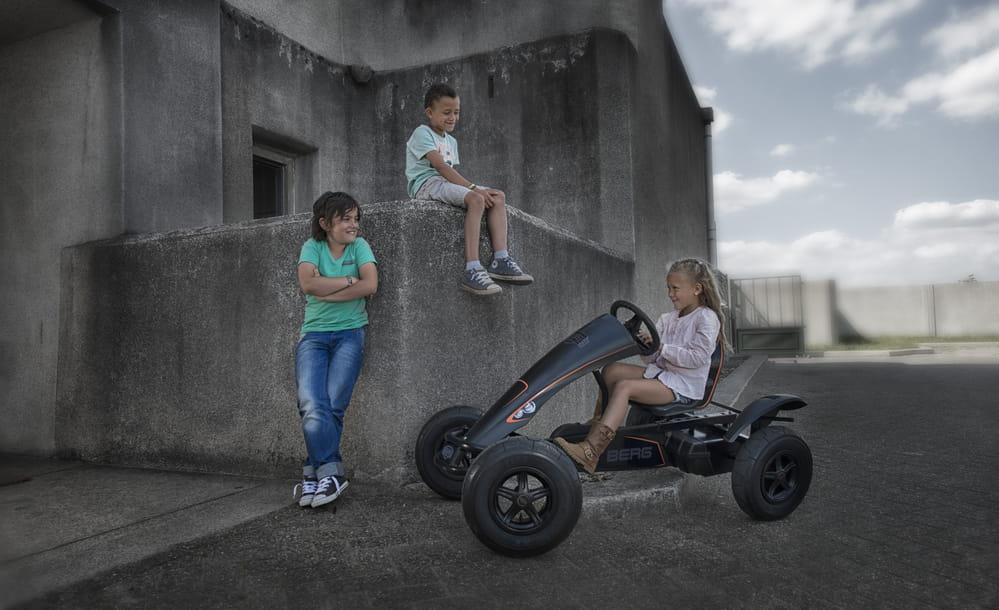 Berg Black Edition BFR with Children