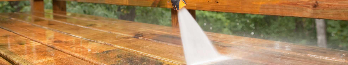 Stihl Pressure washer washing decking
